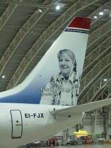 La poeta Gloria Fuertes en los aviones de Norwegian.