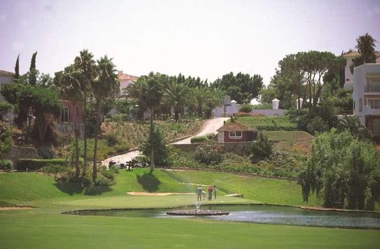 Costa del Sol y Glencor Golf Holidays firman un acuerdo para incrementar las reservas en el mercado británico e irlandés antes del inicio de la temporada alta de golf.