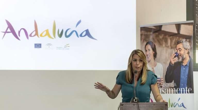 Susana Díaz presentó en Isla Mayor esta iniciativa que arranca este mismo otoño para los diez itinerarios existentes y con 270.000 euros de inversión