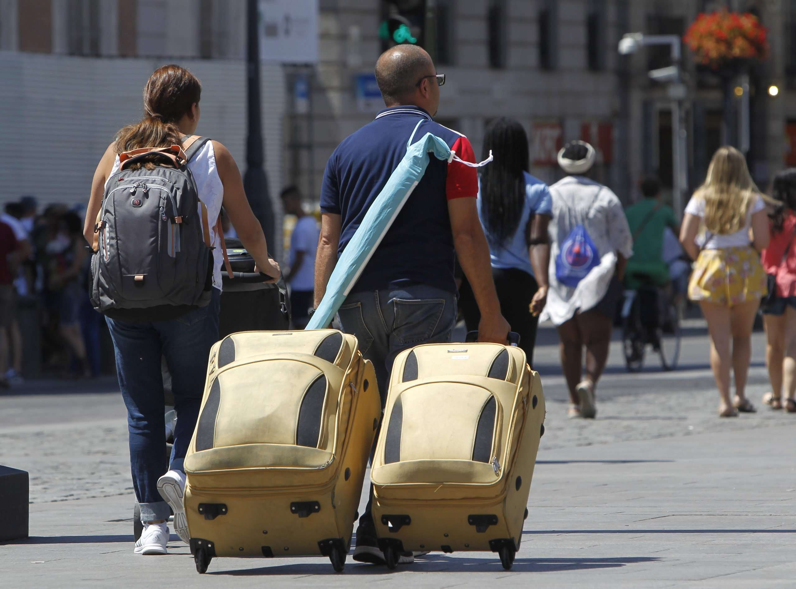Los rebrotes de esta nueva ola comienzan a traducirse en más cancelaciones y menos llegadas de visitantes extranjeros. /Agencias.